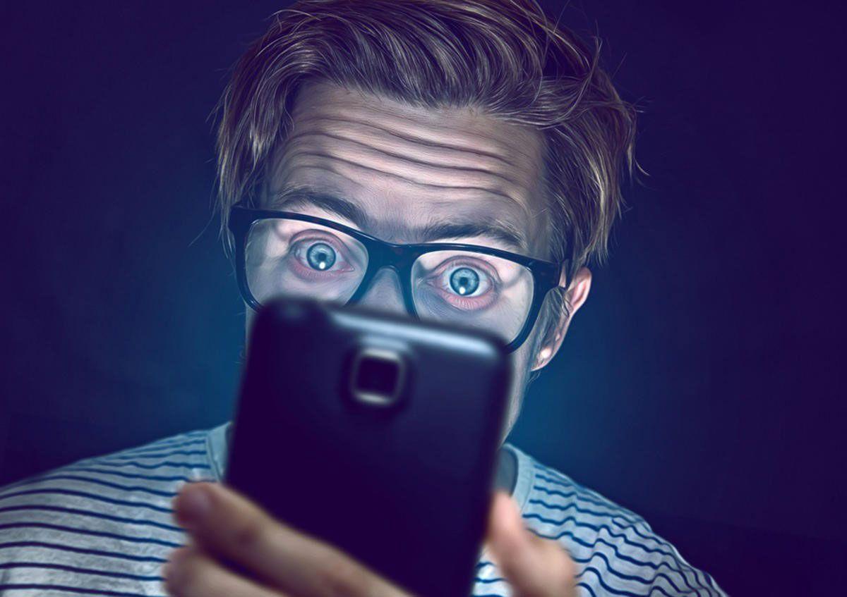 tác-hại-của-smartphone-voi-mat-1