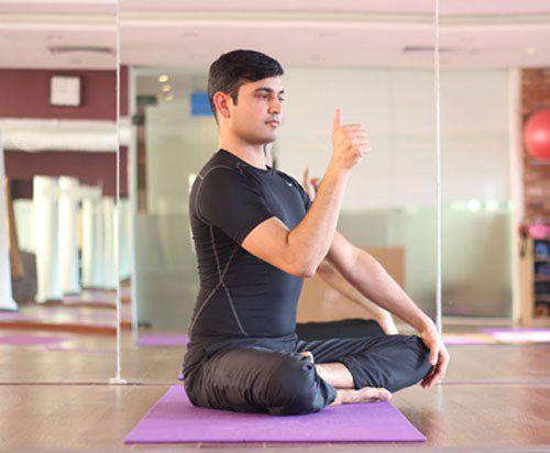 tap-yoga-cho-mat-13