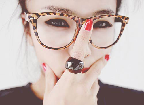 Cách chọn mắt kính phù hợp với gương mặt
