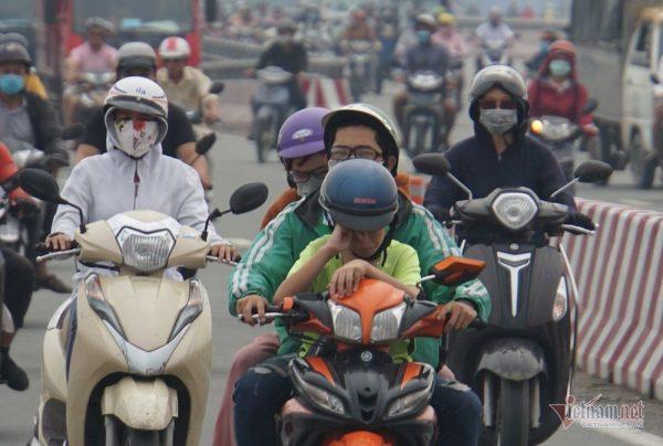 Tình trạng ô nhiễm không khí trầm trọng, bạn nên làm gì để bảo vệ mắt