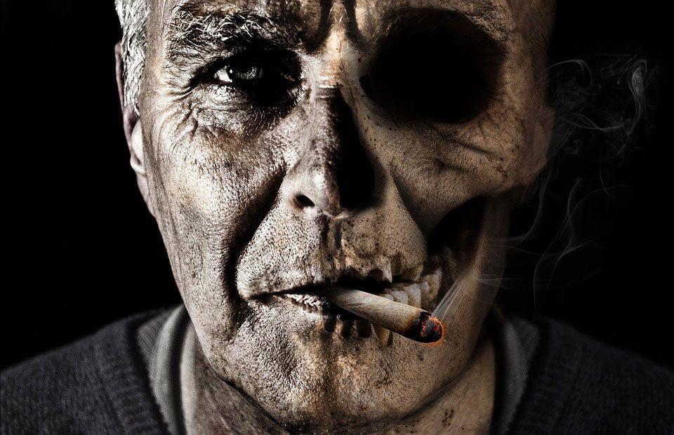 Tác hại của thuốc lá đến mắt