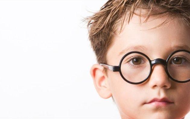 Những lý do khiến mắt cận thị bị tăng độ nhanh
